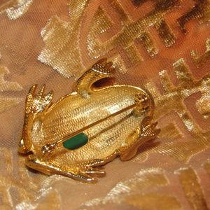Sphinx of England Jewelry - Signed Sphinx of England Frog Rhinestone Brooch